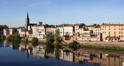 Rustige rivier in Montauban