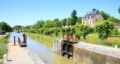 Sluis van Châtillon-en-Bazois