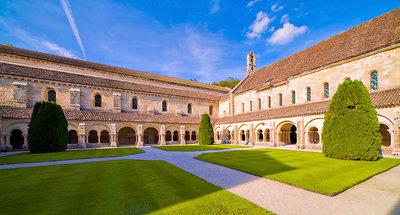De abdij van Fontenay in Montbard