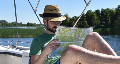Navigation guides to plan your route
