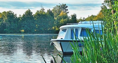 Le Boat Boot in de Natuur op de Charente