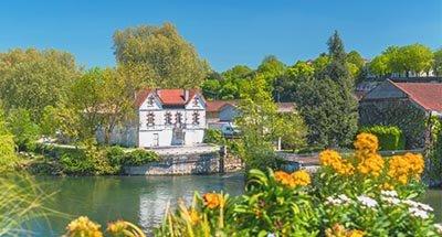 La rivière Charente près de Cognac