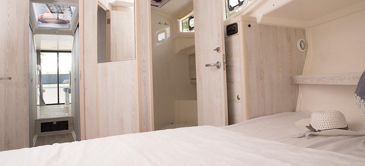Horizon 3 - hut voorzijde en douche