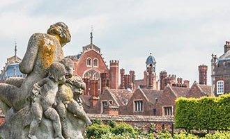 Sculptuur in Hampton Court Palace